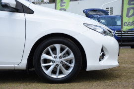 2014 Toyota Corolla ZRE182R Ascent Sport Hatch Image 5