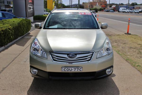 2010 Subaru Outback B5A  2.5i 2.5i - Premium Suv Image 3