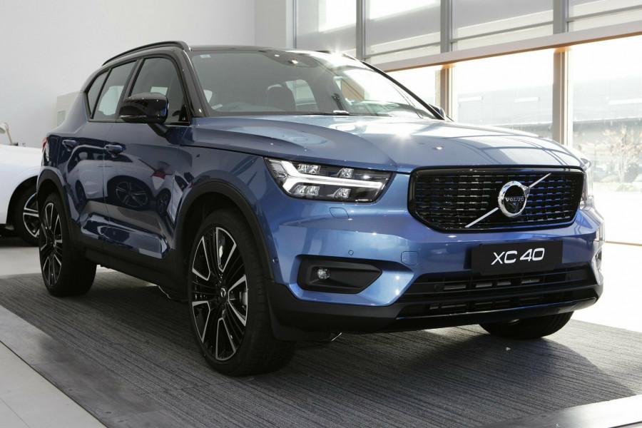 2019 Volvo XC40 T5 R-Design Suv Mobile Image 1