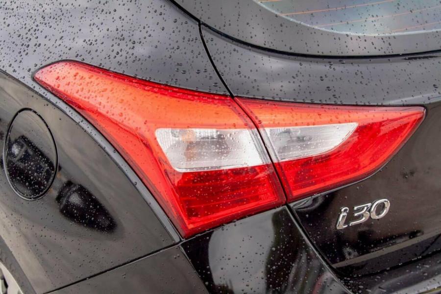 2016 Hyundai i30 GD4 Series 2 Active Hatchback Image 18