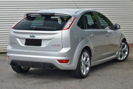 2010 Ford Focus LV XR5 TURBO Hatchback image 2