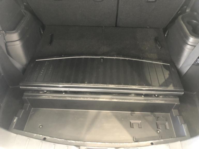 2017 Mitsubishi Outlander ZK LS 2wd 7 seat wagn Image 14