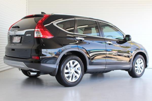 2015 Honda CR-V Model No. 30  2 VTI-S Suv Image 2