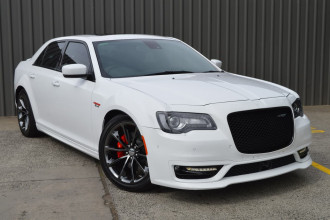 Chrysler 300 SRT Hyperblack LX MY18