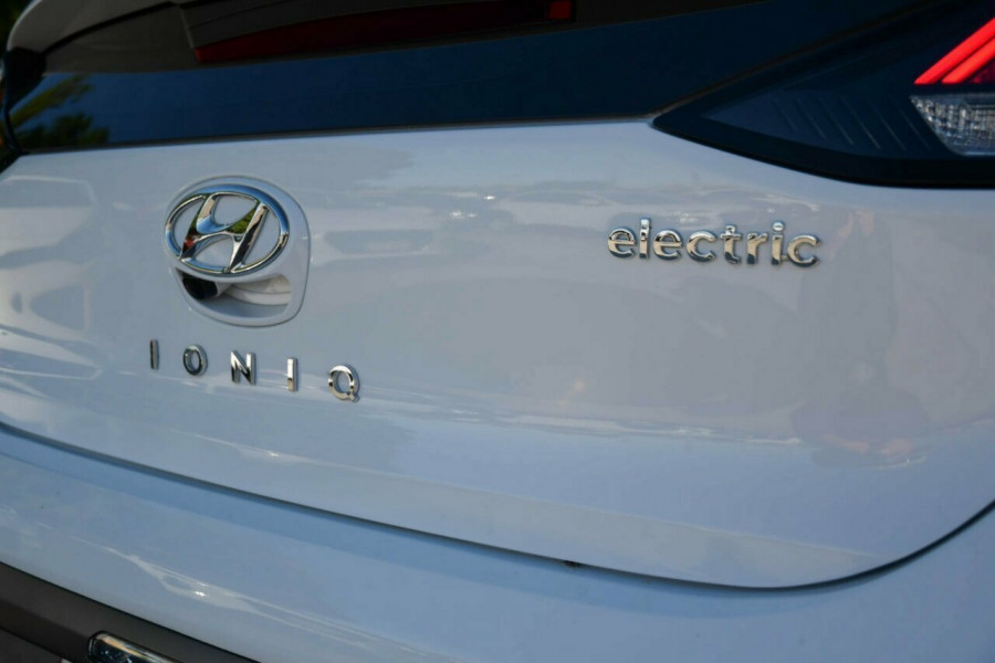 2019 Hyundai IONIQ AE.2 Electric Premium Fastback