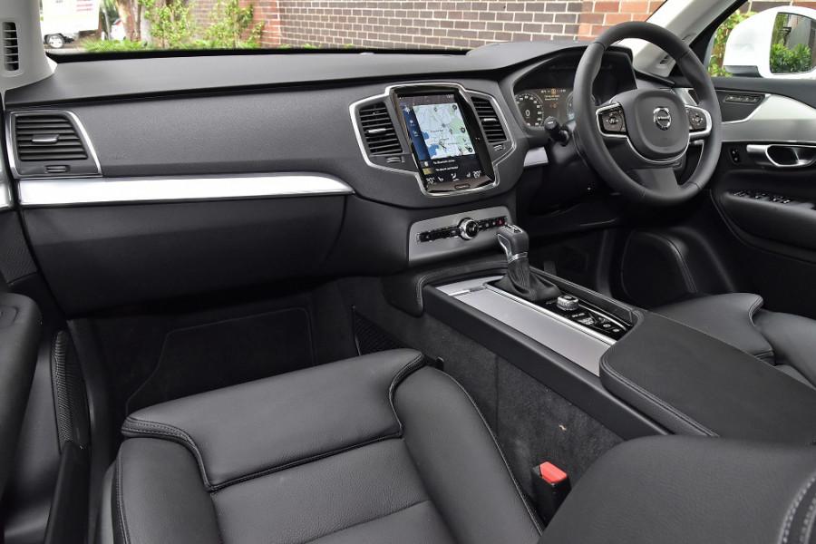 2019 Volvo XC90 L Series T6 Momentum Suv Mobile Image 9