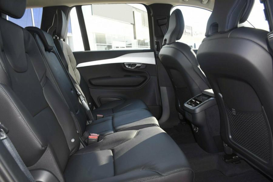 2019 Volvo XC90 L Series D5 Momentum Suv Mobile Image 8