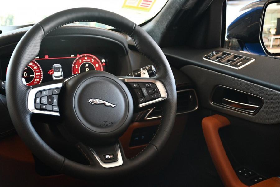 2019 MY20 Jaguar F-PACE X761 SVR Suv Image 9