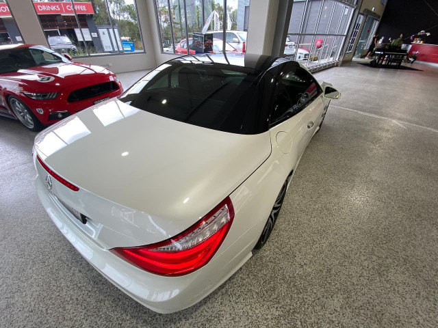 2015 Mercedes-Benz Sl-class R231 SL500 Roadster Image 9