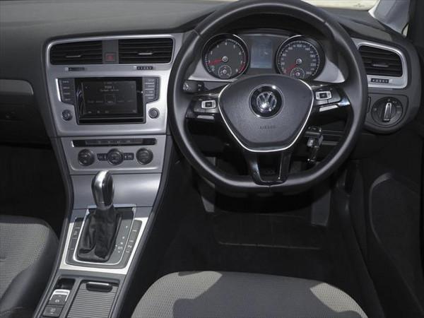 2013 Volkswagen Golf 7 90TSI Comfortline Hatchback image 10