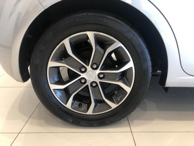 2017 Holden Barina TM LS Hatchback Image 16