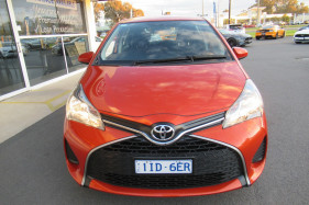 2016 Toyota Yaris NCP130R ASCENT Hatch Image 2