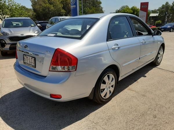 2007 Kia Cerato LD  EX Sedan Image 5