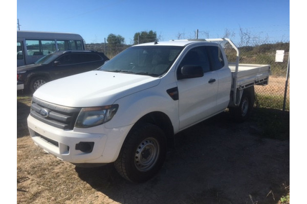 2013 Ford Ranger PX XL Cab chassis Image 2