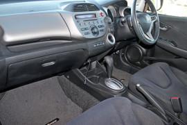 2012 Honda Honda GE  Vibe-S Hatchback Mobile Image 11