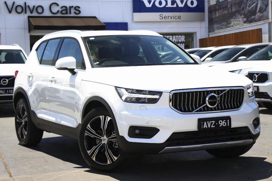 2019 Volvo XC40 T4 Inscription Wagon