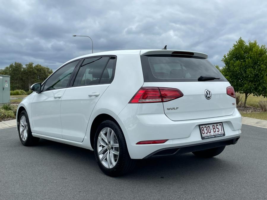 2017 MY18 Volkswagen Golf 7.5  110TSI Hatchback Image 5