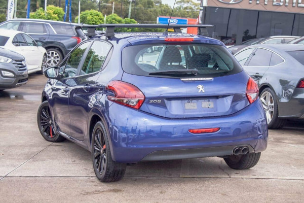 2015 MY16 Peugeot 208 MY16 Active Hatchback Image 2
