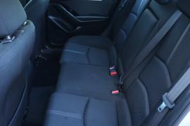 2016 Mazda 3 BM5476 Maxx Sedan Image 5