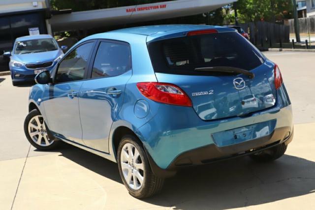 2013 MY14 Mazda 2 DE Series 2 Neo Sport Hatchback Image 2
