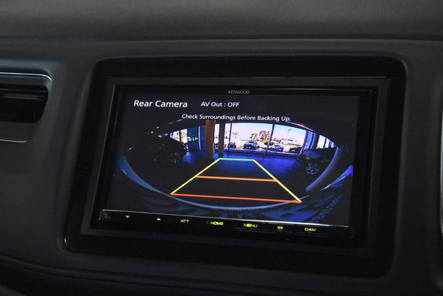 2015 Honda HR-V VTi-S Suv Image 12