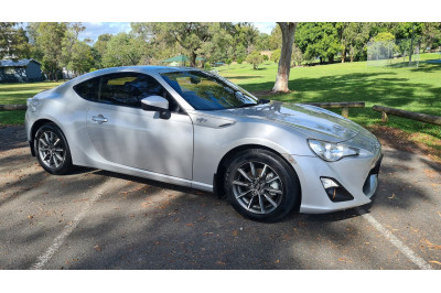 2013 Toyota 86 ZN6 MY14 GT Coupe Image 2