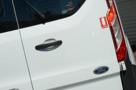 2016 Ford Transit Custom VN 290S Van image 15