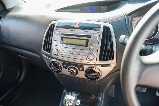 2013 Hyundai I20 PB MY14 Active Hatchback Image 10