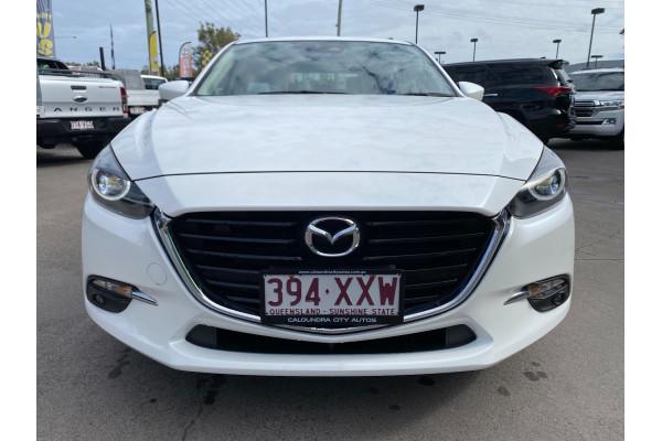 2018 Mazda 3 BN5438 SP25 Hatchback Image 2