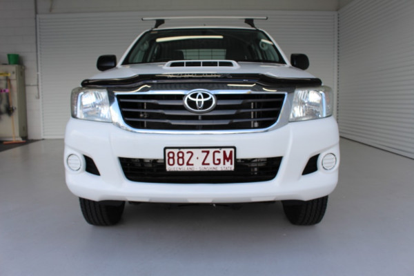 2013 MY12 Toyota HiLux KUN26R MY12 WORKMATE Cab chassis Image 3
