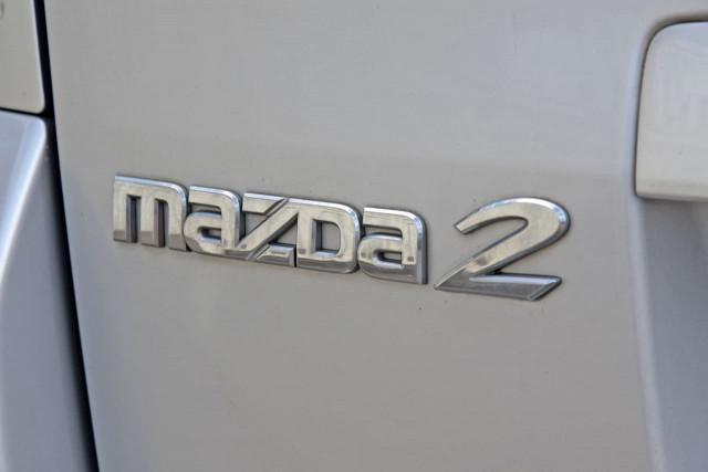 2004 Mazda 2 DY Series 1 Neo Hatchback Image 13