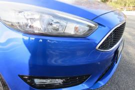 2018 Ford Focus LZ Sport Hatchback image 9