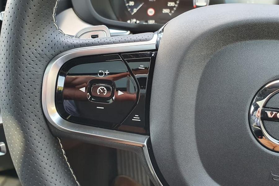 2019 Volvo XC60 UZ D5 R-Design Suv Mobile Image 21