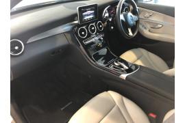 2014 Mercedes-Benz C-class W205 C250 BlueTEC Sedan Image 4