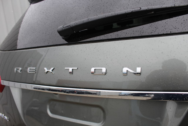 2019 SsangYong Rexton Ultimate 13 of 20
