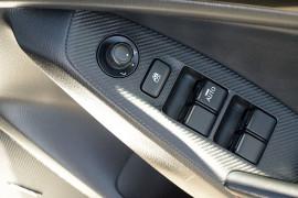 2014 Mazda 3 BM5438 SP25 Hatchback image 6