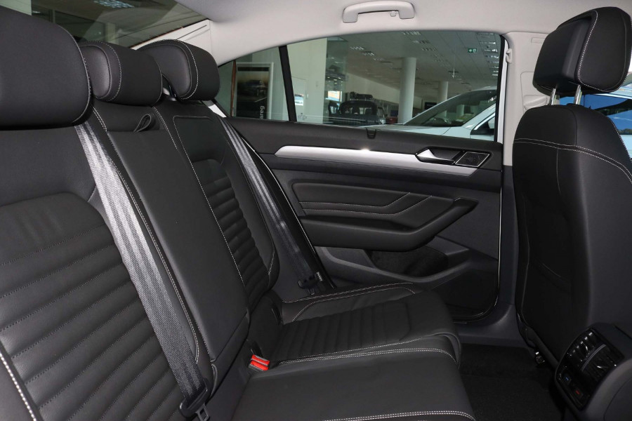 2021 Volkswagen Passat B8 140 TSI Business Sedan Image 10