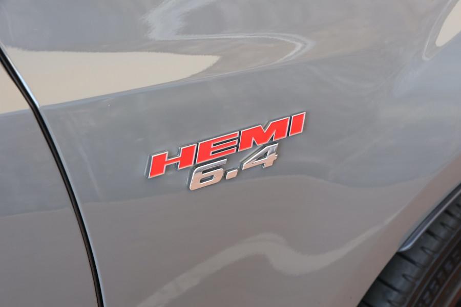 2019 Chrysler 300 LX SRT Core Sedan Image 24