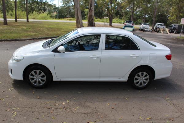 2011 Toyota Corolla ZRE152R  Ascent Sedan Image 5