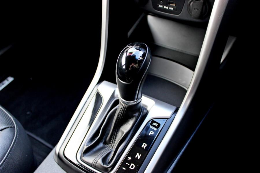 2014 Hyundai i30 GD2 Trophy Hatchback Image 15