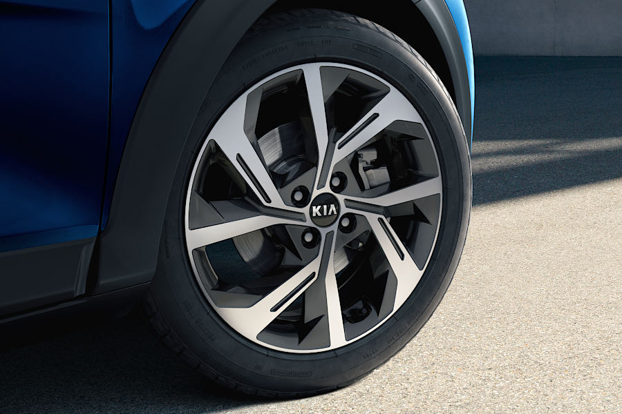All New Stonic Alloy wheels