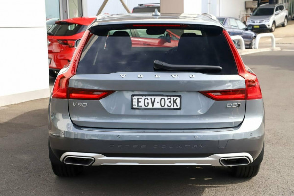 2019 MY20 Volvo V90 Cross Country D5 Image 3