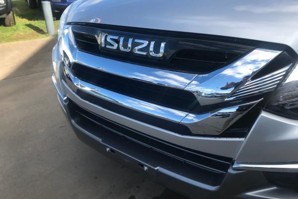 2020 MY19 Isuzu UTE MU-X LS-T 4x4 Wagon Image 3