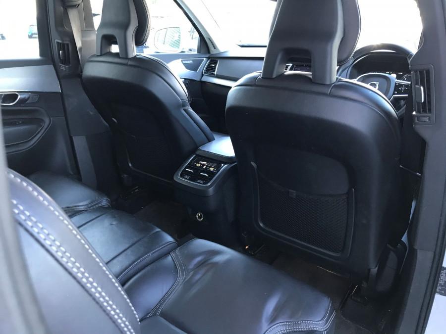2016 Volvo XC90 Vehicle Description. L  MY16 D5 Inscriptio WAG GEAR 8sp 2.0D D5 Suv Image 12