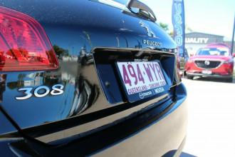 2016 Peugeot 308 T9 Active Hatchback Image 4