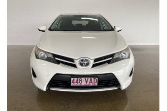 2013 Toyota Corolla ZRE182R ASCENT Hatch Image 3