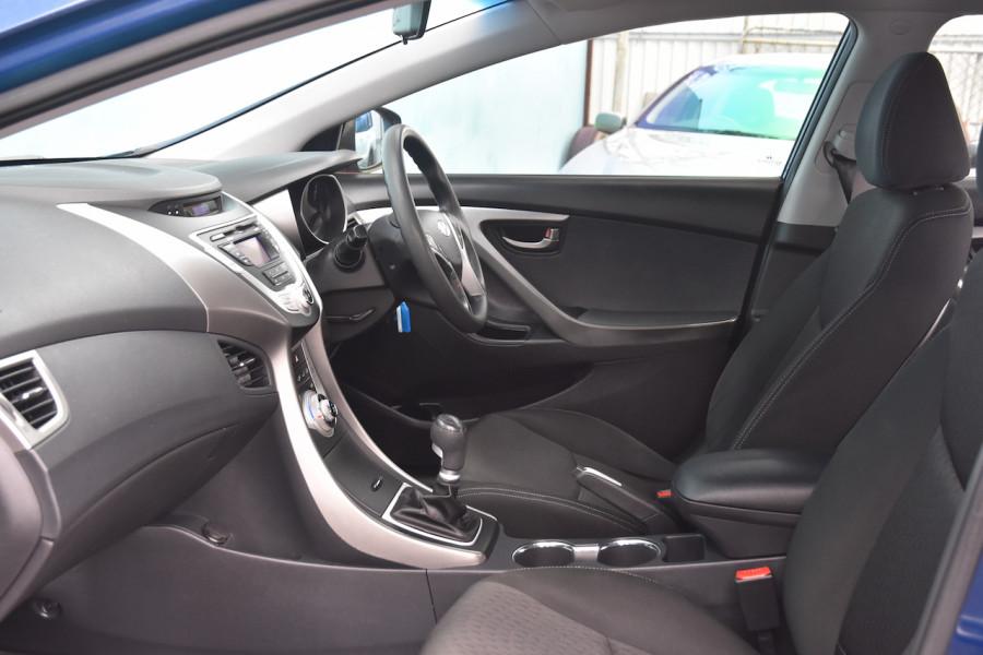 2012 Hyundai Elantra MD Active Sedan Image 6