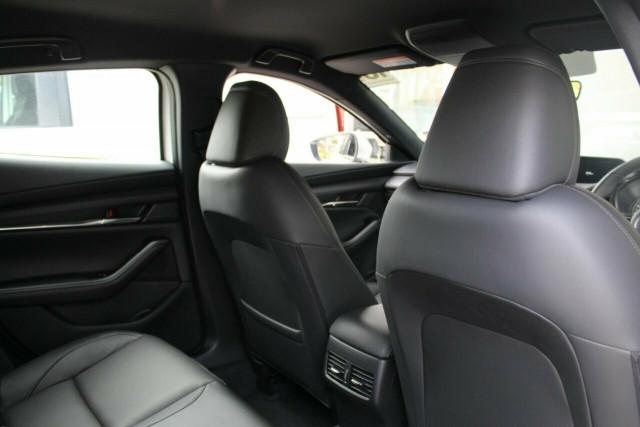 2021 Mazda 3 BP G20 Touring Hatchback Mobile Image 21