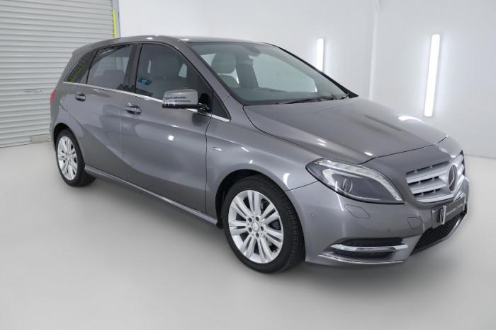 2012 Mercedes-Benz B200 W246 B200 BlueEFFICIENCY Hatchback