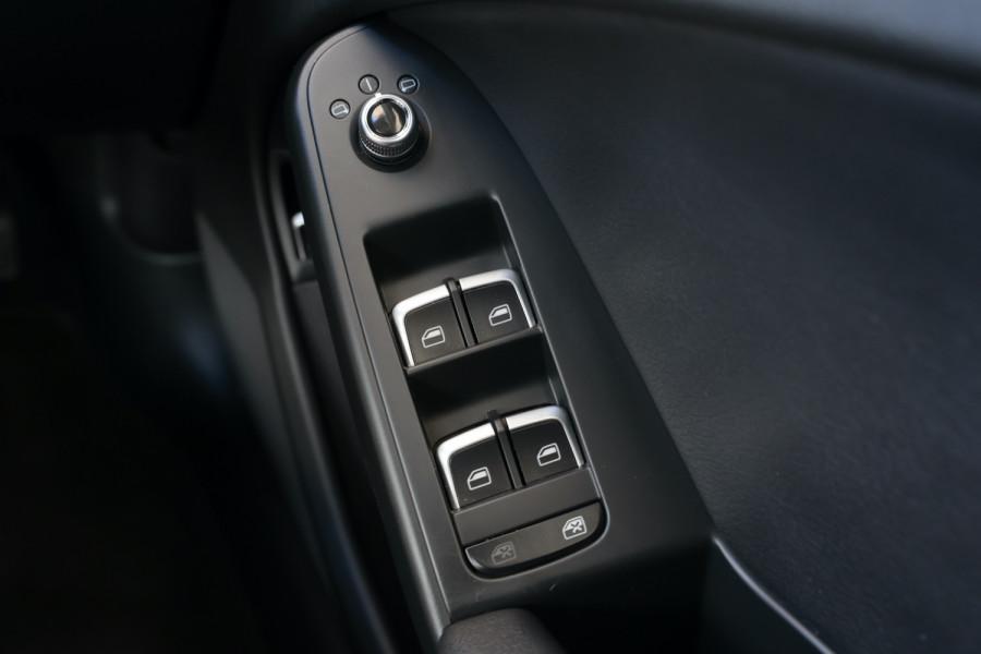 2014 Audi A4 B8 8K MY14 Sedan Image 24